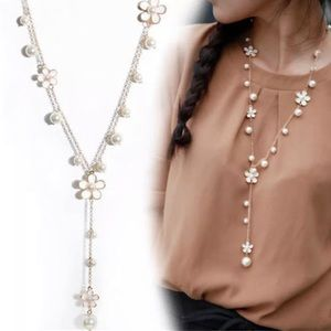 """✨NEW✨Delicate Ivory Flower & Pearl """"Y""""  Necklace!!"""